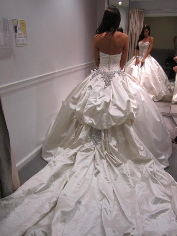Beautiful Ball Gown Taffeta Sweetheart Sleeveless Cathedral Train Wedding Dress