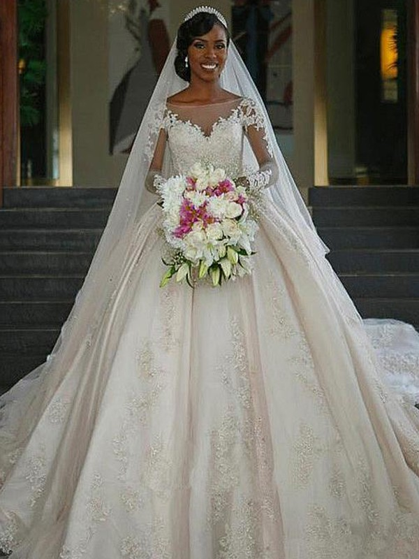 Glamorous Ball Gown Bateau Long Sleeves Sweep/Brush Train Satin Wedding Dress