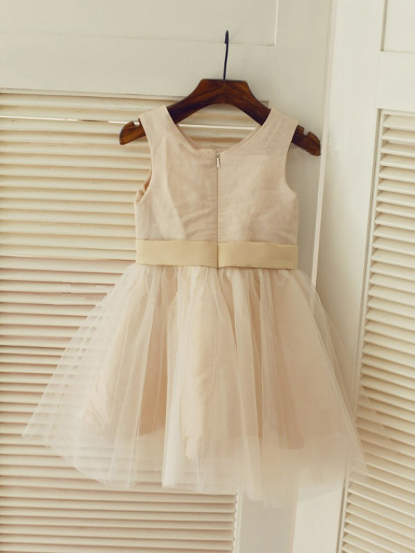 Affordable A-line Scoop Tea-length Tulle Flower Girl Dress